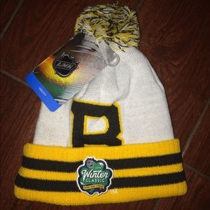 NHL 2019 WC Boston Bruins Pom Knit Hat NWT